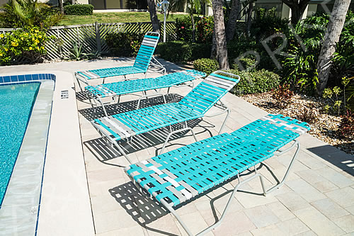 Vinyl Strap Chaise Lounge Pool Lounge Chairs