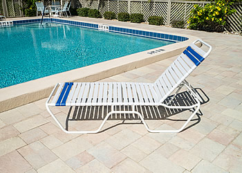 C140 14-inch high vinyl strap poolside aluminum chaise lounge chair