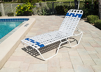 C140B woven strap aluminum lounge chair